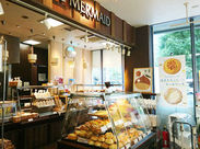 季節ごとのパンも楽しみの一つ♪≪未経験スタート≫から、 お仕事を通してパンに詳しくなれる★ ※写真は日本橋浜町店です。