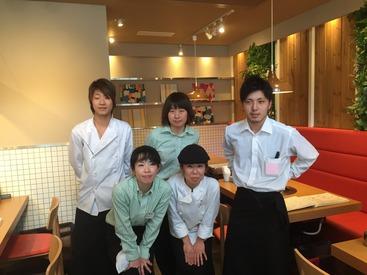 【店舗スタッフ】時給1200円~!!軽井沢プリンスショッピングに3月に誕生した人気店!【熟成和牛焼肉とワイン・ドリンクを提供】