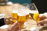 ≪ホールSTAFF大募集!≫ 本場ビアパブ文化の雰囲気を再現した店内はおいしい料理とビールを盛り上げてくれます♪