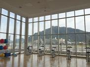 金華山が一望できるロケーションで仕事ができます。