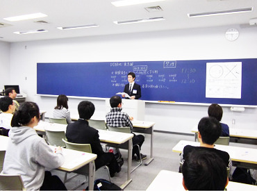 ★人気の試験監督員★簡単&シンプルなお仕事で人気なんです♪マニュアルがあるので、未経験でも安心してスタートできますよ◎