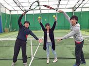 服装自由!テニスコーチはご自分のウエアで勤務OK♪ 「テニスが好き!」という熱意だけご用意ください★