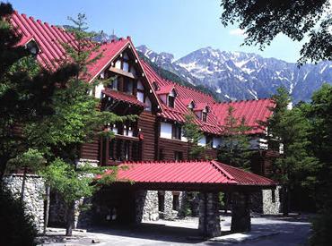 【帝国ホテルSTAFF】自然豊かな上高地での、たくさんの出会いとここでしかできない経験をぜひ!毎年、全国各地からSTAFFが集まります♪