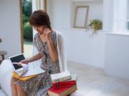≪主婦さん活躍中>>育児や家事の合間に出来るお仕事なのでスケジュールの融通が利きます!無理なく、ストレスなく、働けますよ◎