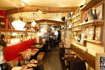 【バル】◆オープニング募集店舗あり◆あなた独自のおもてなし×最高のお料理♪昇給/賞与/休暇制度etc.嬉しい待遇がたくさん◎