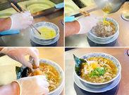 [1]麺を入れて→[2]スープを入れて→[3]トッピングを盛り付けたら→[4]完成! シンプル作業だから覚えやすい♪