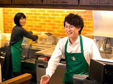 ドリンクを提供するお客さまのことを 考えながら、一杯一杯心を込めて 作成しています。 コーヒーの魅力を一緒に届けましょう。